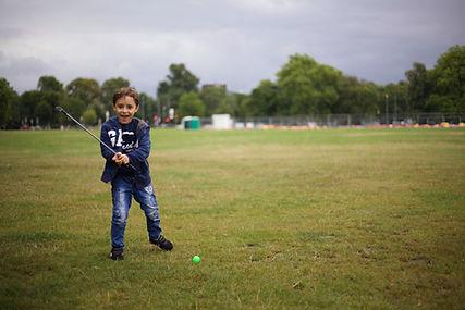 Child Playing Golf   Junior Golfing