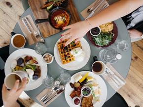 Mes six étapes pour améliorer ton rapport à la nourriture