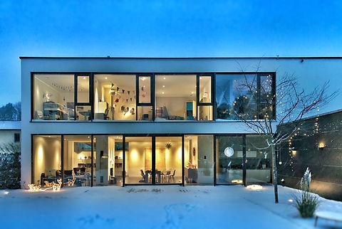 hus med bygningsglass