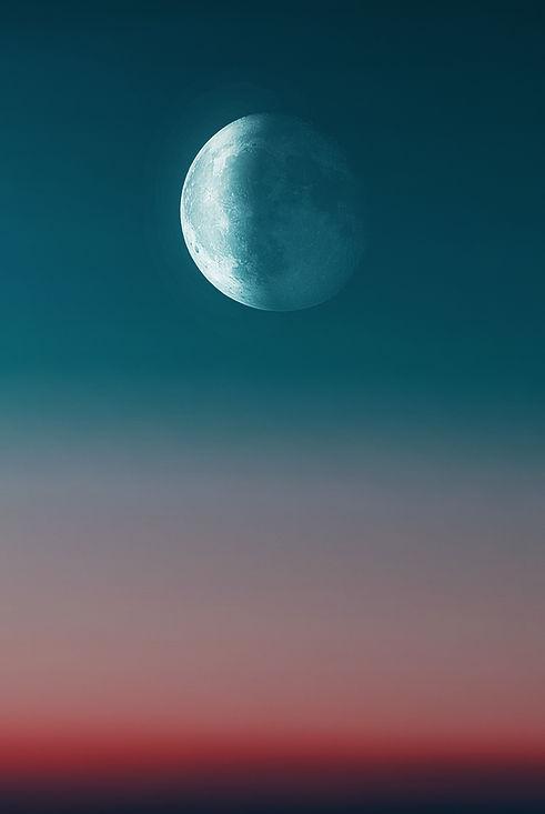 Image by Alexander Andrews