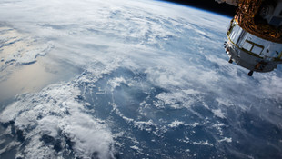 [EN] Satellite imagery has been available for at least 25 years. Why isn't everyone using it yet?
