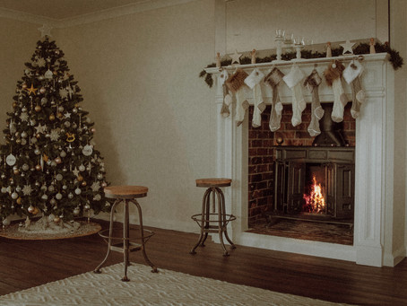 4 simple steps to add Christmas décor to your home