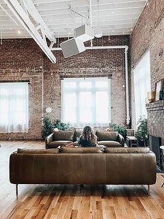Интерьеры и мебель