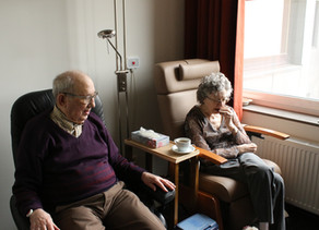 Elderly alone: when the care of gratitude is difficult or impossible, what shall we do?
