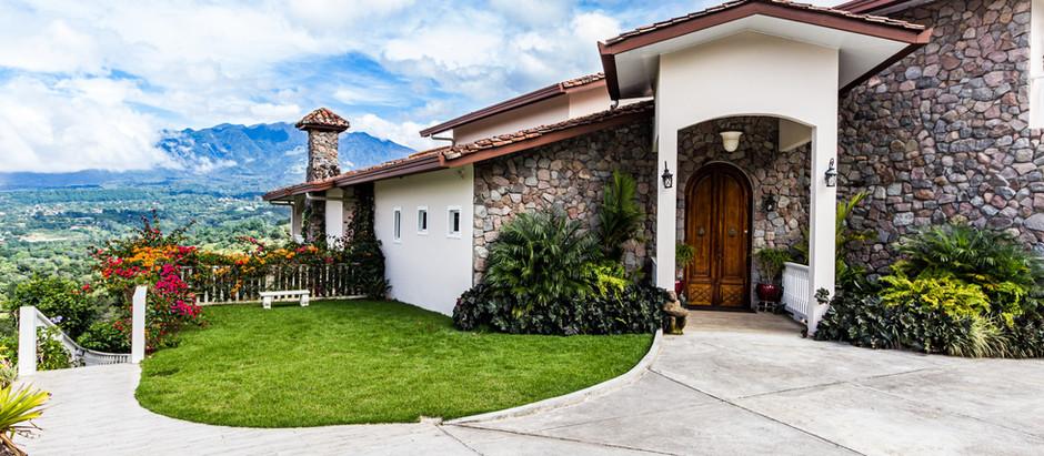 Homeowners Insurance versus Homeowners, Plus Flood Insurance