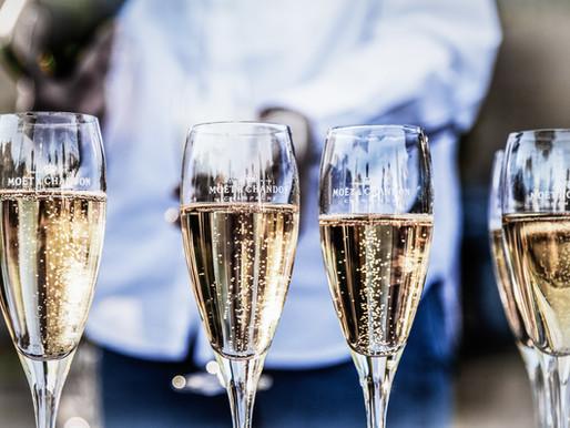 Comment prévoir le bon nombre de bouteilles de Champagne?