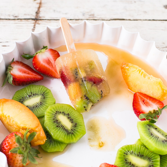 Strawberry Kiwi Frozen Yogurt Ice Pops