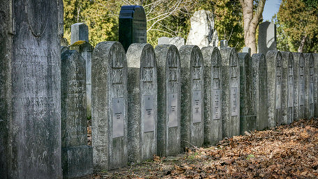 The Physicality of Death: Burial and Mourning in Judaism