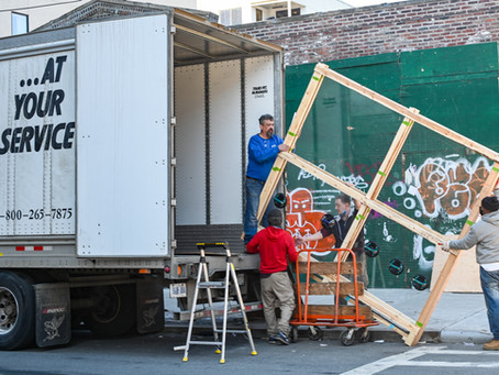 How to Hire the Right Moving Company