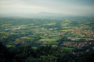 Image by Ivan Aleksic