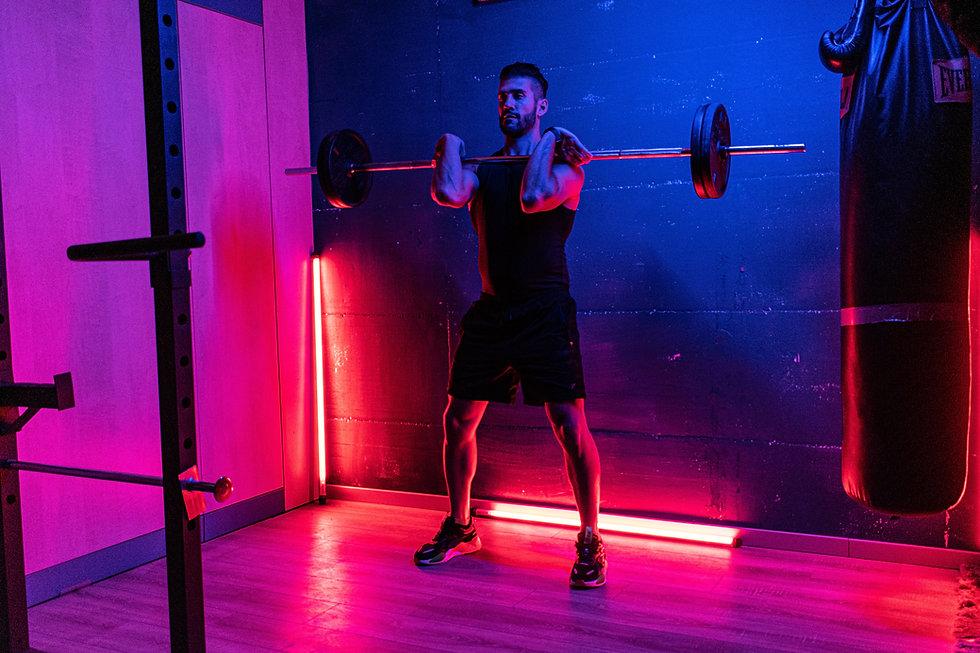 gym trainer, Image by Lorenzo Fattò Offidani