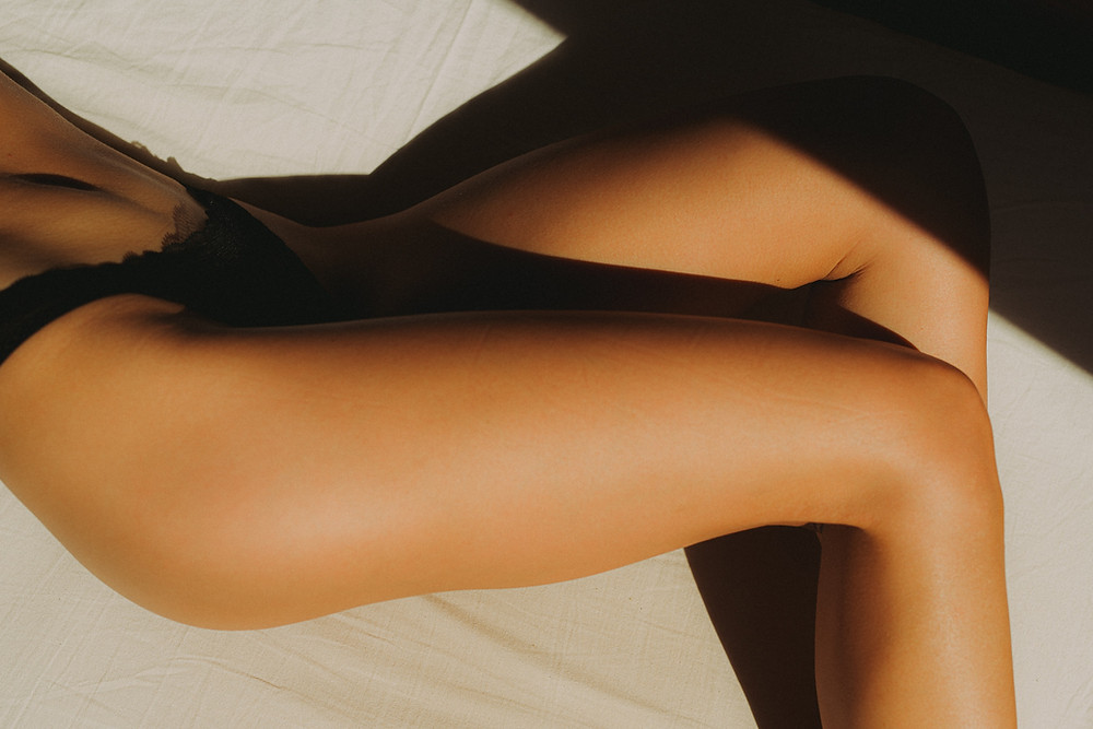 Naked legs woman