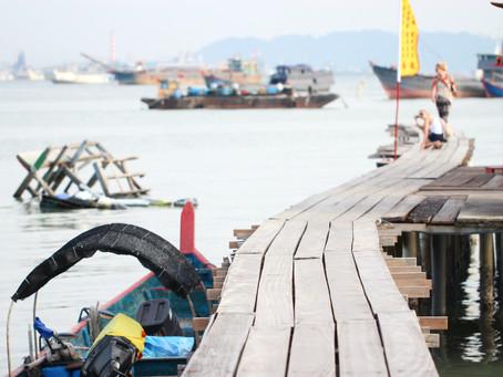 The Politics of International Development: China, Sri Lanka, and the West