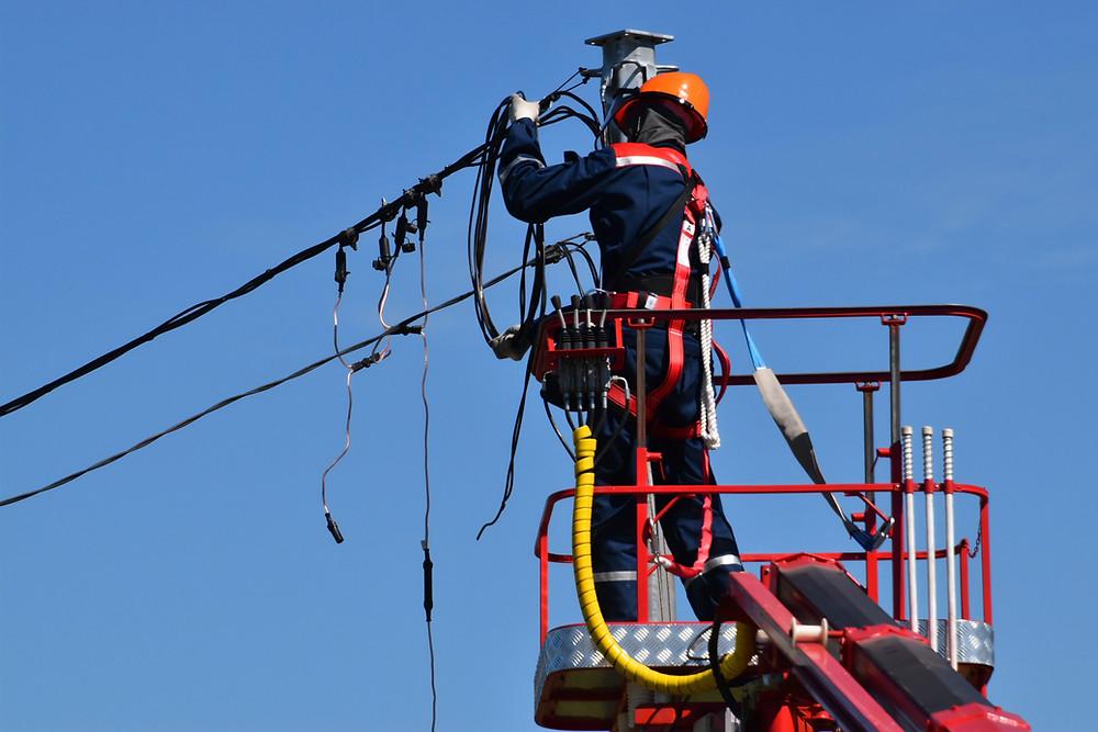 ACIDENTE DE TRABALHO - Morte de eletricista gera indenização