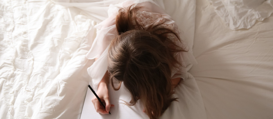 Why You Should Leave A Journal By Your Bedside Even If You Aren't A Writer