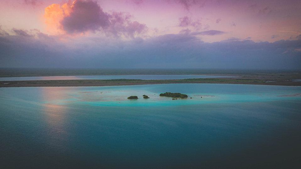 Bacalar Mexico Lagoon, atardecer en la aguna de Bacalar