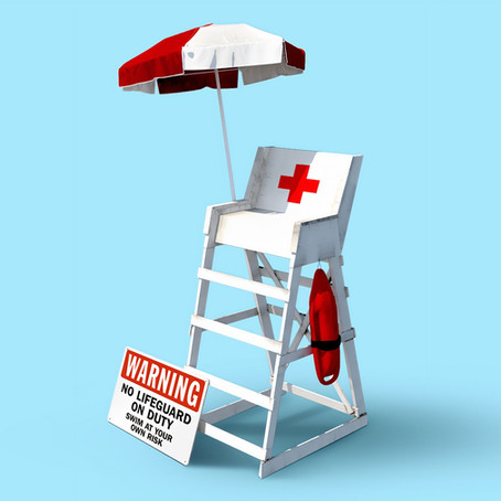 The Pros and Cons of Being a Country Club Lifeguard