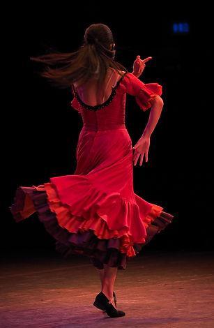 fan dance.jpg