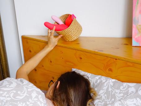 The 10 Best Health Benefits of Masturbation & Busting Myths About Masturbating!