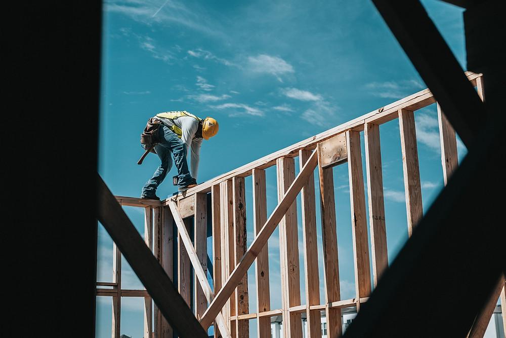 Los partidos políticos canadienses han presentado sus planes para ayudar a los jóvenes a comprar vivienda y asegurar la jubilación de las personas mayores.