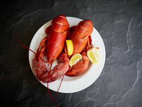 3 Incredible Benefits Of Eating Lobsters, Dietitian Explains