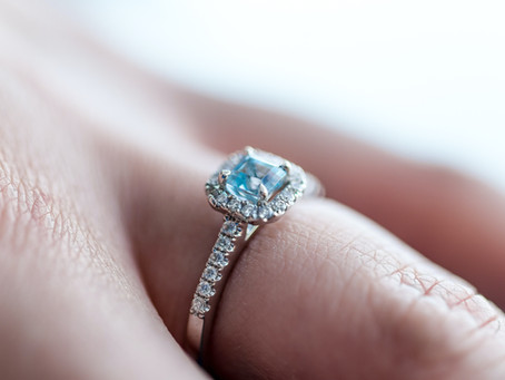 8 Shopping Tips to Help You Find the Perfect Engagement Ring