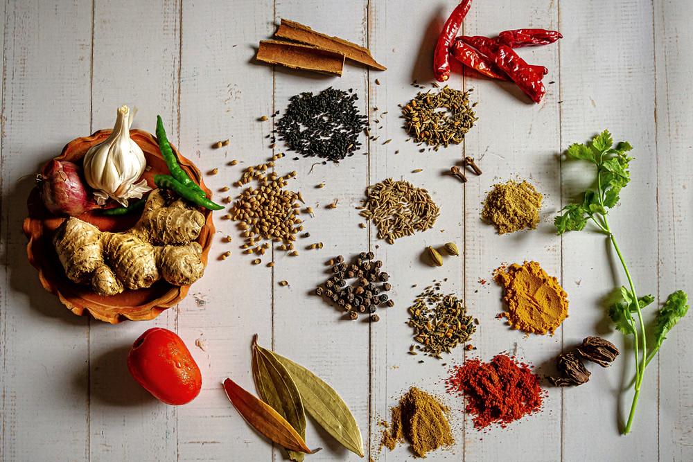 spices coriander turmeric cumin pepper cloves garlic chilli