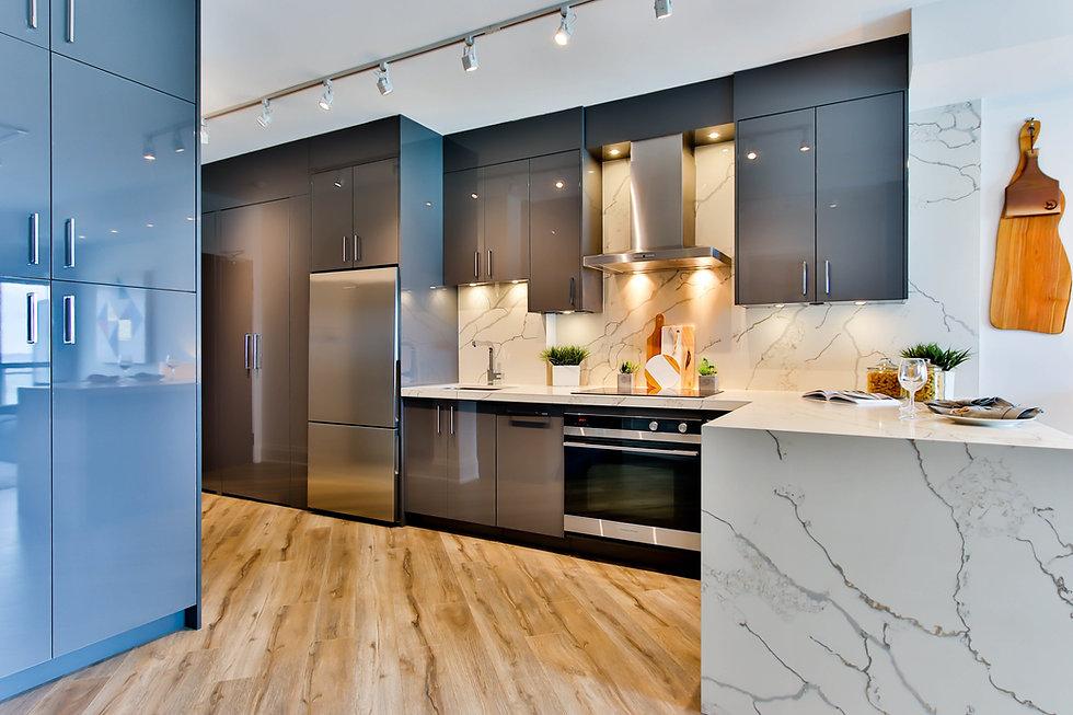 Tile Installer Kitchen Floor and Marble Backsplash