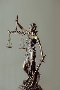 Symbole des avocats au Luxembourg lorsqu'ils ont obtenus le CCDL