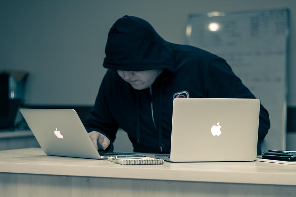 Seguro de Ciberriesgo para tu empresa: No importa el tamaño de tu empresa, la protección de datos es fundamental.