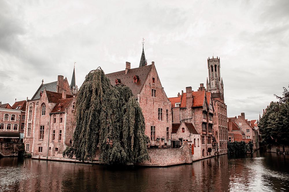 old red brick buildings in Brugge