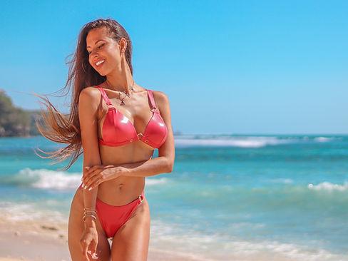 Latinas in Bahamas   Call Girls in Bahamas