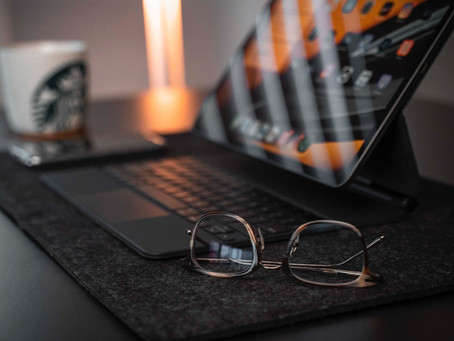5 TIPS TO STAY MOTIVATED WHILE WORKING FROM HOME