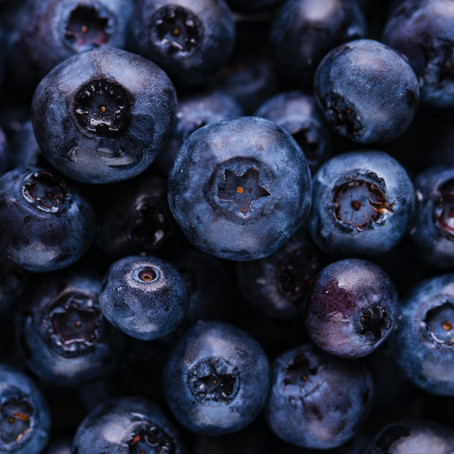 6 Reasons to Consume Blueberries!