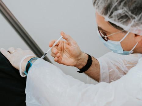 [NEWS] Massachusetts (USA) vacina estudantes - inclusive internacionais