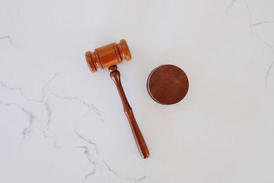 עורך דין שי