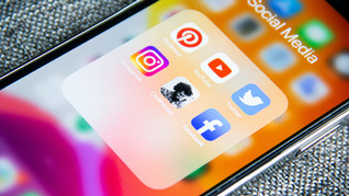 التعليم عبر وسائل التواصل الإجتماعي!