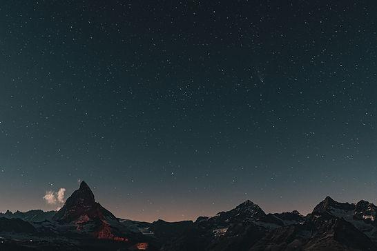 Image by 🇨🇭 Claudio Schwarz   @purzlba