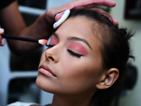 Tendencias de maquillaje de ojos para el otoño 2021 que no puedes ignorar