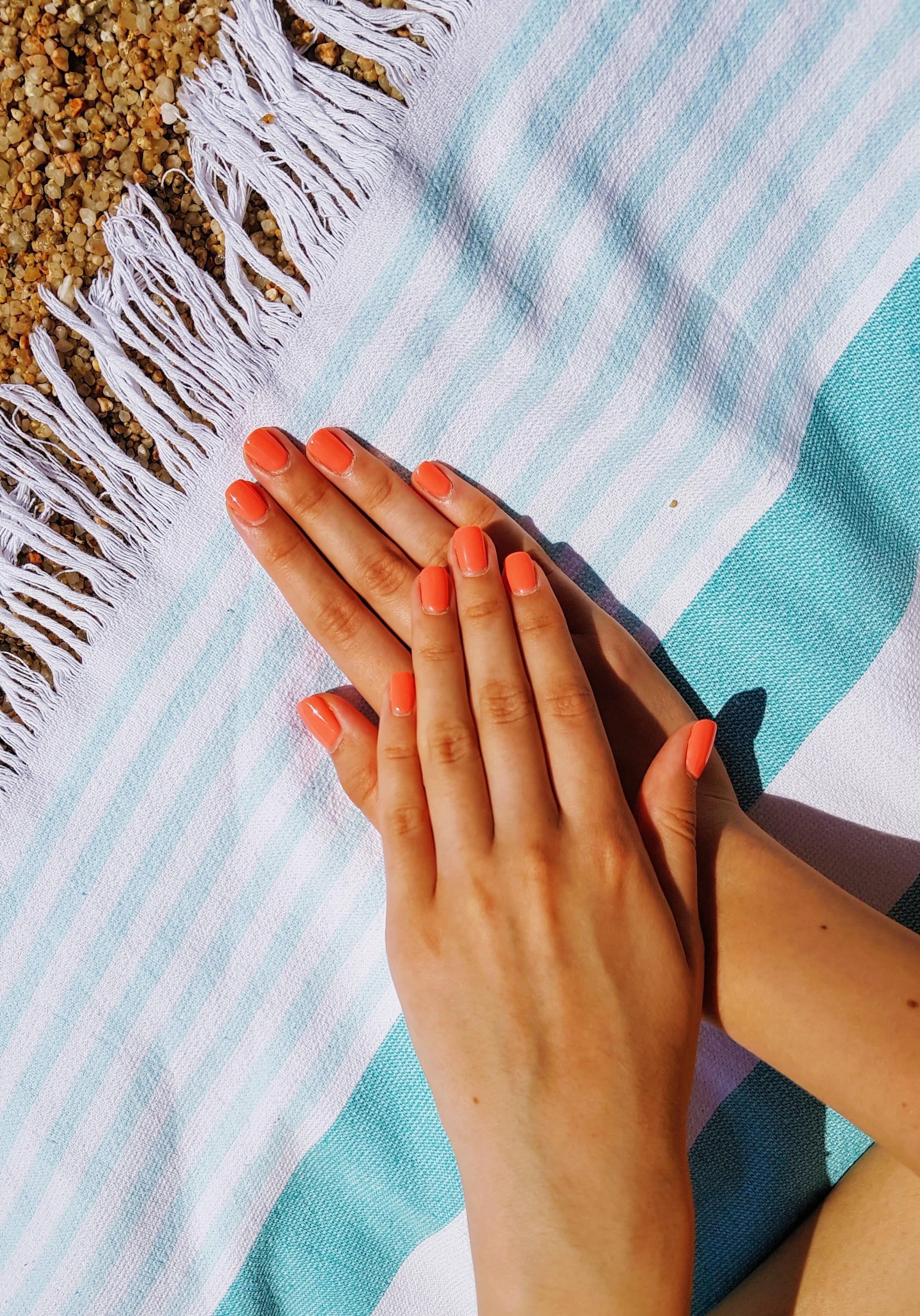 Gel Manicure Natural deposit