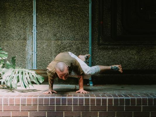 K&T:n joogakoulu: Tasapainoa ja harmoniaa elämään