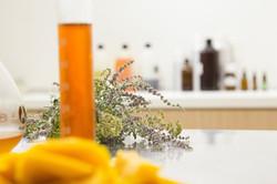Aromaterapia & Aromatologia