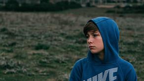 Atti di autolesionismo in aumento tra i giovani: in affanno le poche strutture presenti
