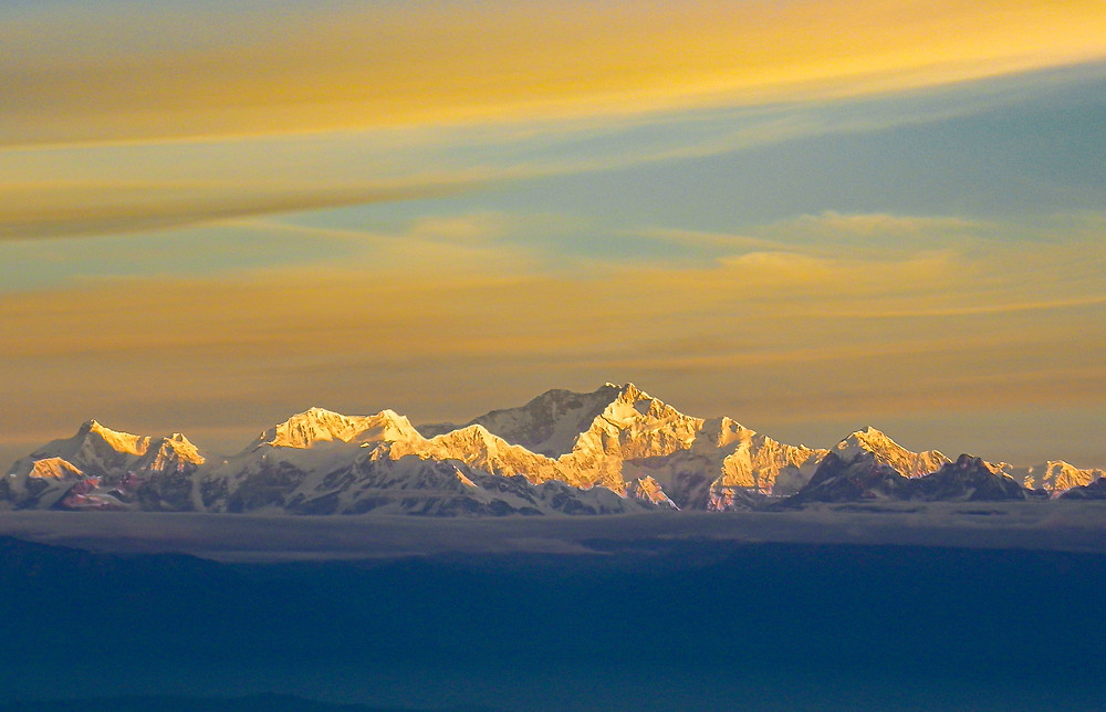 Sovereign of the Himalayas - One of the most beautiful scenic of Mount Kanchenjung. It is know as the Tiger hill stations in Darjeeling, India.