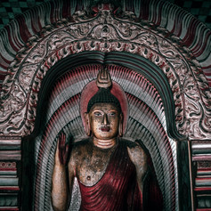 COLONIAL HERITAGE AND RELIGIOUS TREASURES IN SRI LANKA