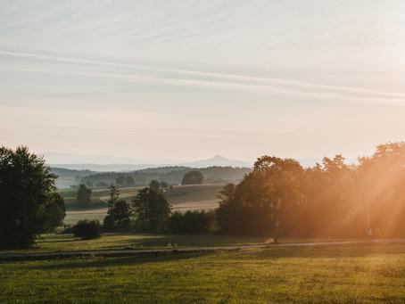 יונית קורן גרינברג| שעות נוחות בשמש