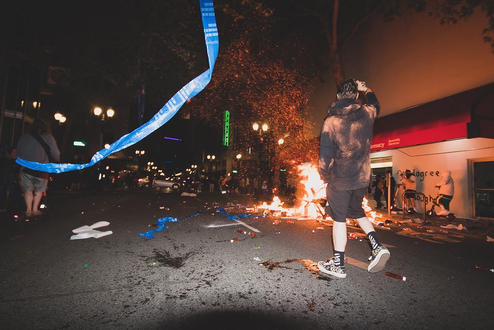 Destrucción, manifestación, violencia
