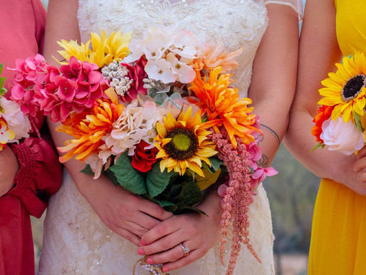 7 Unexpected Wedding Jobs Every Bridesmaid Should Be Ready For