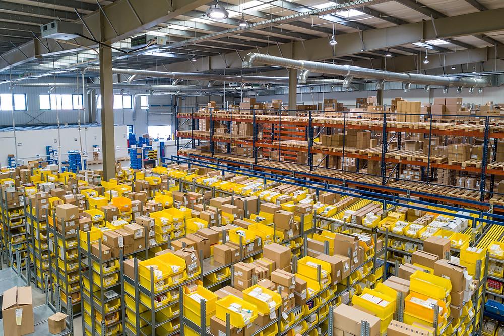 Amazon contratará a 15.000 empleados en todo Canadá y aumentará los salarios.