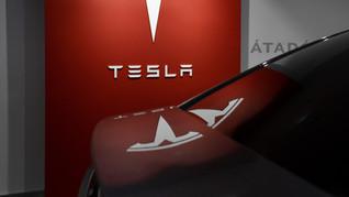 Billionaire investor Ron Baron's firm sold 1.8 million Tesla shares